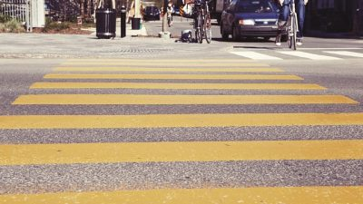 In Illinois, Who Has the Right of Way in A Crosswalk?